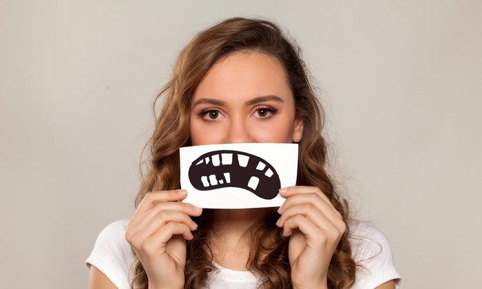 7 ข้อสังเกตคุณสาวๆ กำลังทำลายฟันเพราะความเครียดอยู่รึเปล่า