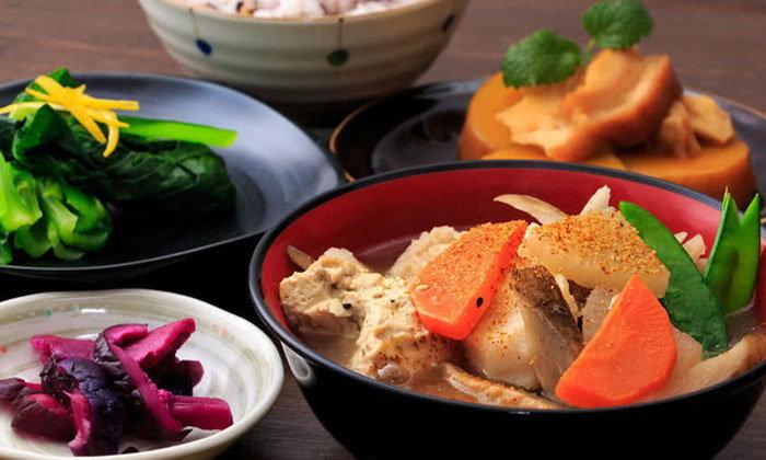 """""""โชจินเรียวริ"""" อาหารเจของพระญี่ปุ่น"""