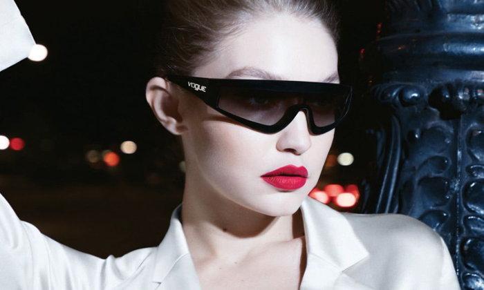 Gigi Hadid x Vogue Eyewear เฉลิมฉลองสองปีแห่งการร่วมมืออันสร้างสรรค์