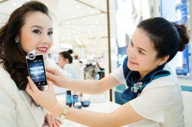 ตรวจผิวแบบสมาร์ทๆ กับ Blue Smart Skin Analyzer จากไบโอเธิร์ม