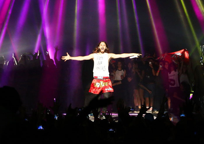 มันส์ตั้งแต่ต้นจนจบกับ Thirty Seconds To Mars Live In Bangkok 2014