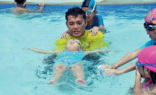 เด็กจมน้ำ มหันตภัยหน้าร้อน 3 นาที 15 เมตร ทักษะชีวิต รู้ไว้ไม่ตาย!