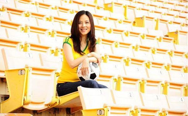 แป้ง นวลพรรณ สวยเก่ง พา หญิงไทย ไปบอลโลก