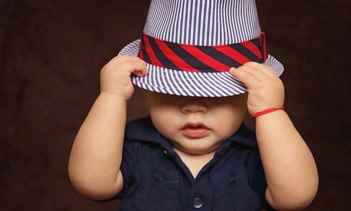 เลือกเสื้อผ้าอย่างไรให้เหมาะสมกับลูกน้อยแต่ละวัย