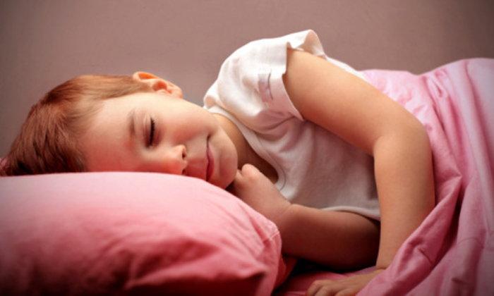 คุณแม่ควรรู้! อาการนอนกรณในเด็กอาจเป็นอันตรายได้