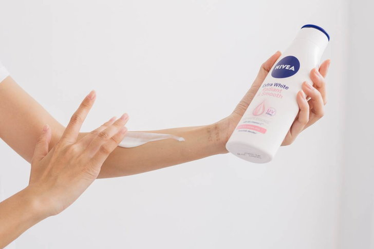 NIVEA extra white lotion has pleasant consistency