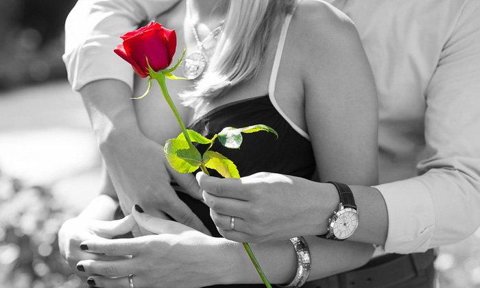 ถ้าผู้ชายรักคุณจริงเขาจะส่งสัญญาณแบบนี้มาให้คุณ!
