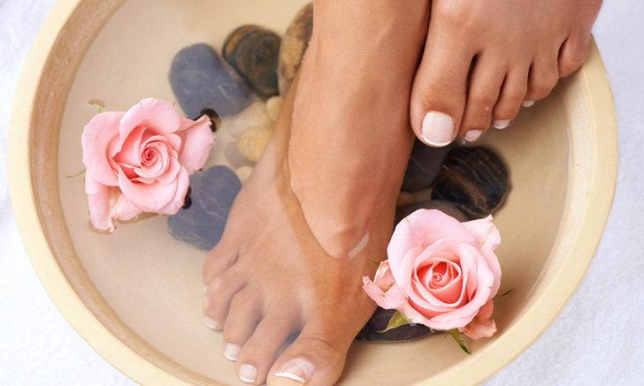 6 เคล็ดลับดูแลปรนนิบัติเท้าให้สวยน่ามองอยู่เสมอ