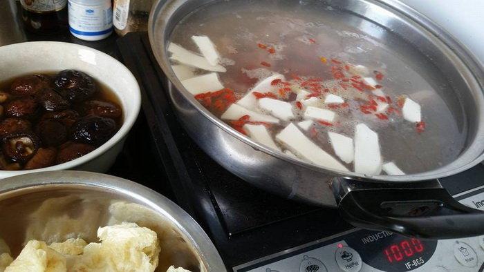 วิธีทำกระเพาะปลาน้ำแดง