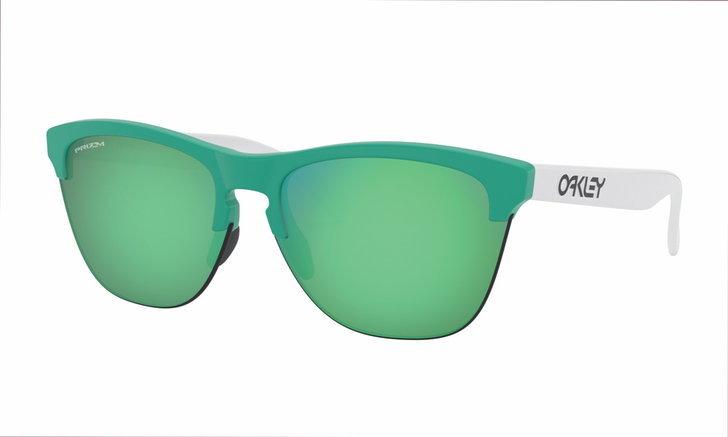 Oakley OO 9374 ราคา 5,600 บาท