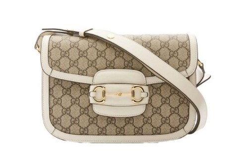 กระเป๋า $2,350 (70,641 บาท) จาก Gucci
