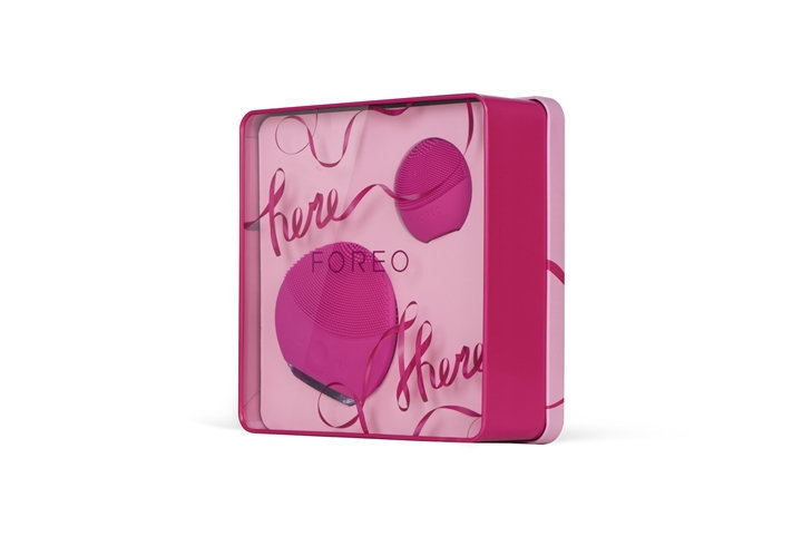 foreo_giftset_here_there_glob_1