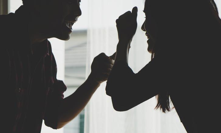 เมื่อโดนข่มขู่จากอดีตคนรัก ต้องทำอย่างไร