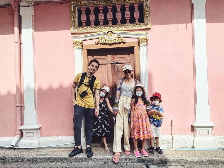เอม พินทองทา และครอบครัว