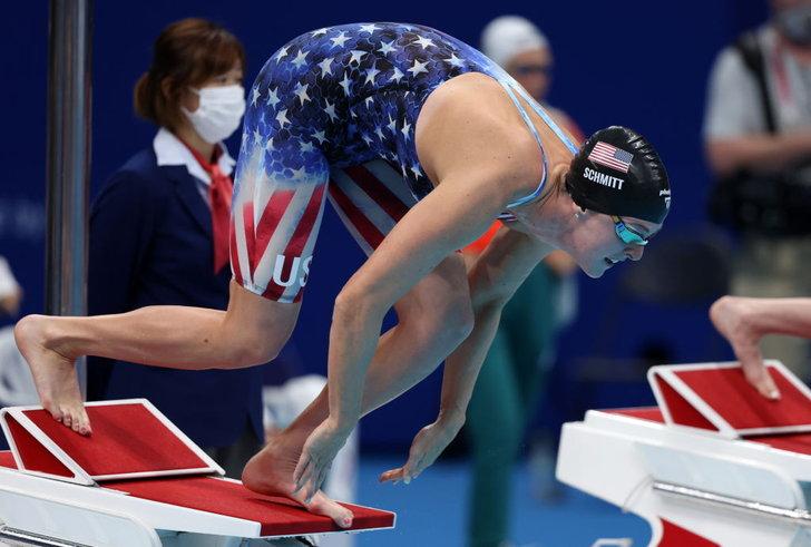 นักกีฬาว่ายน้ำ