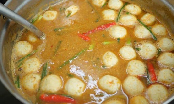 วิธีทำขนมจีนน้ำยาป่าปลากระป๋อง ใส่ปลาร้าทำง่ายๆ บอกส่วนประกอบครบ
