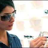 แว่นตาสร้างเสน่ห์ชวนพิศให้ใบหน้า