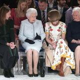 ควีนเอลิซาเบธที่ 2 ที่งาน London Fashion Week