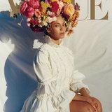 """""""บียอนเซ่"""" Vs. """"ริฮานน่า"""" ผู้หญิงผิวสีคนแรกบนปก Vogue ฉบับสุดเลอค่าแห่งปี"""