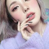 แต่งตากลิตเตอร์สีเดียว แบบสาวเกา ง่ายๆแต่น่ารักอ้ะ