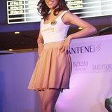 Her World Idol 2013
