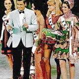 ชุดประจำชาติไทย Miss Universe