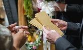 5 มารยาทในการใส่ซองงานแต่ง 'ใส่ซองงานแต่งเท่าไหร่ดี' ถึงจะดูไม่น่าเกลียด!
