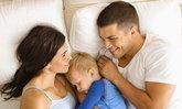 4 วิธีแอบลูกไปมีเซ็กซ์ แก้ปัญหาลูกเล็กติดพ่อแม่จนไม่มีโอกาสเมคเลิฟกัน