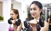 ท้องแขนห้อย ย้อย ออกกำลังกายอย่างไรเพื่อ ลดไขมันท้องแขน