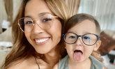 พ่อแม่ต้องใส่ใจ! ปัญหาอันตรายของแสงสีน้ำเงินที่ส่งผลต่อสุขภาพตาของเด็กยุคดิจิทัล