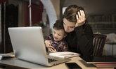 เรื่องหนักใจของครอบครัวที่มีลูกกับการทำงานที่บ้าน ต้องรับมืออย่างไรบ้าง?