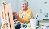 ผู้สูงอายุวาดภาพระบายสี ให้ข้อดีมากกว่าแค่ลดความเสี่ยงอัลไซเมอร์