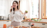9 วิธีปฏิบัติเมื่ออยู่บ้าน เลี่ยงหุ่นพังจากพฤติกรรมกินเก่ง