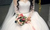 จริงเหรอเนี่ย!? สาวญี่ปุ่นบางคนคิดว่า การโยนช่อดอกไม้ในงานแต่งเป็นการล่วงละเมิดอย่างหนึ่ง