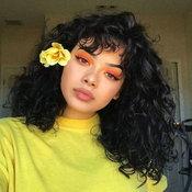 เมกอัพสีส้มเหลือง