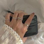 เทรนด์ใส่แหวนเป็นเซ็ต