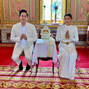 นุ่น รมิดา ชุดแต่งงาน