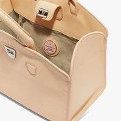 กระเป๋า Coccinelle