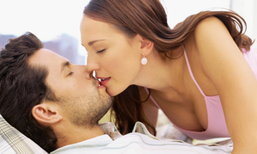 5 เคล็ดลับจูบให้ผู้ชายติดใจ เพิ่มความเร่าร้อนให้เกมส์รักน่าหลงใหล