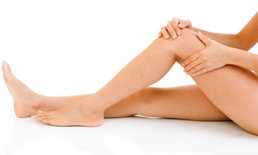 อวดขาสวย ไร้รอยแตกลายงาด้วย 4 สูตรรักษารอยแตกลายจากธรรมชาติ