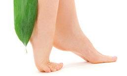 แก้ปัญหาส้นเท้าแตกง่ายๆ ด้วย 4 สูตรจากธรรมชาติ