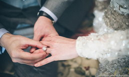 """7 อันดับ แหวนแต่งงาน """"สุดอลังการ"""" ของเหล่าดาราสาว!"""