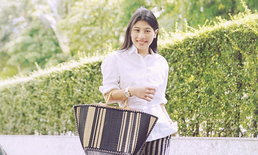 """พระองค์หญิงสิริวัณณวรีฯ ทรงถือ""""กระเป๋าสานเสื่อกก"""" ของไทย คอมพลีทลุคในวันชิลๆ"""