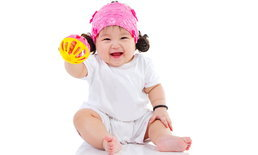 อยากให้ลูกสมองดีเริ่มได้ตั้งแต่แรกเกิด แค่ทำสิ่งนี้วันละไม่ถึงนาทีลูกฉลาดแน่นอน