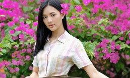 """ตามติดชีวิตเรียบง่ายของ """"ลูกน้ำ ทิดาลัด"""" ซุปตาร์สาวลาวที่กำลังมาแรงในไทย!"""