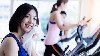 เคล็ดลับขจัดคอเลสเตอรอล ด้วย 4 วิธีออกกำลังกายแบบง่ายๆ