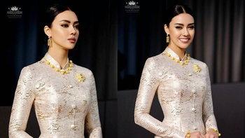 """""""อแมนด้า ชาลิสา"""" สวยตราตึง ในชุดไทยจิตรลดาผ้าไหมสีทองคำ"""