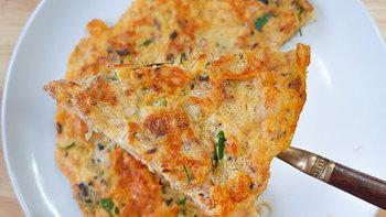 """วิธีทำ """"ไข่เจียวพิซซ่าปลากระป๋อง"""" เมนูอร่อย ราคาประหยัด หาวัตถุดิบได้จากในครัว"""