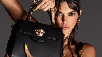 Versace เปิดตัวคอลเลคชั่นล่าสุด ต้อนรับสู่นครเวอร์ซาเช่ กับหัวเมดูซ่าหรูหราสะดุดตา