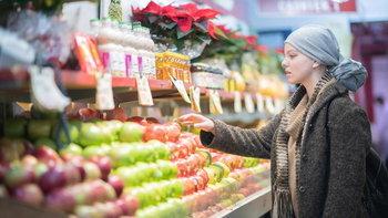 10 อาหารต้องเลี่ยง ตัวการเสี่ยงโรคมะเร็ง เลี่ยงไว อันตรายลดลง